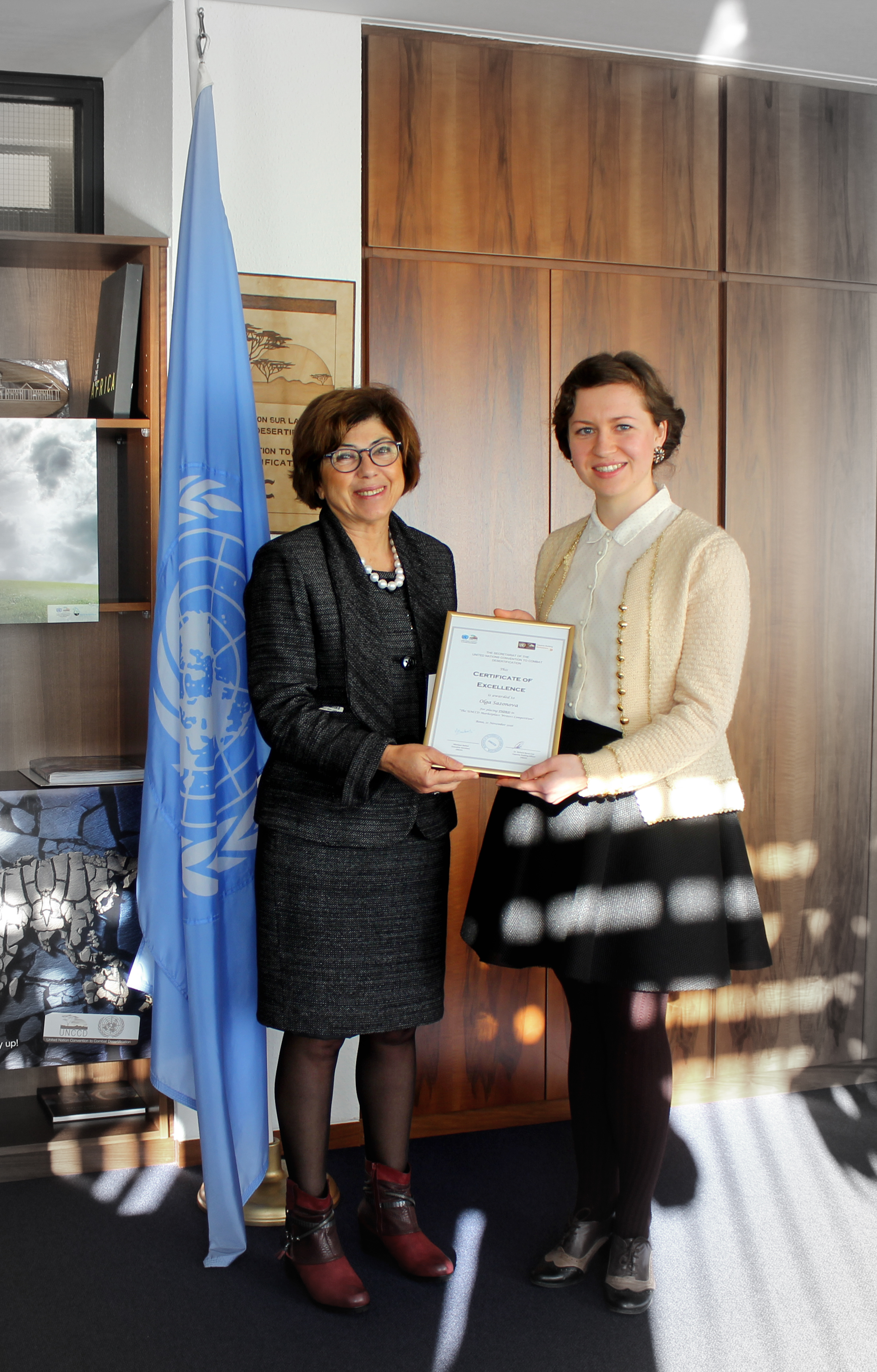 Ms. Olga Sazonova and the UNCCD Executive Secreary
